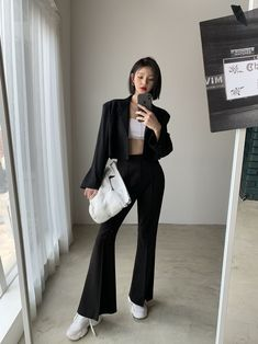 Grunge Style, Soft Grunge, Style Indie, Neo Grunge, Korean Outfit Street Styles, Asian Street Style, Korean Outfits, Street Style Women, Korean Girl Fashion