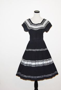 Vintage Dress 50s Black and Silver by CheekyVintageCloset on Etsy, $52.00