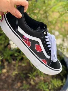 Custom Naruto Old Skool Vans Custom Made Shoes, Custom Vans, Custom Sneakers, Painted Vans, Painted Shoes, Anime Inspired Outfits, Anime Outfits, Jordan Shoes Girls, Girls Shoes