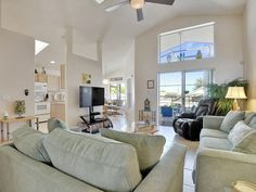 Spacious family room with flat screen TV