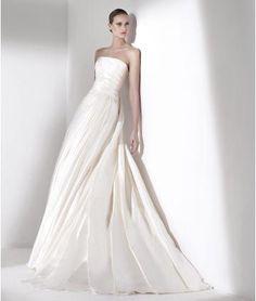 A-linie Trägerlose Schlichte Brautkleider aus Taft mit Schleppe