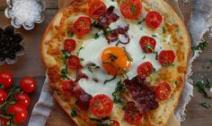 Breakfastpizza :-)  Frokostpizza med egg, bacon og mozzarella | EXTRA -  Mmm, helgefrokost :-)