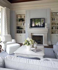 Family Room Layout Design Ideas, Pictures, Remodel, and Decor - page 13 Living Room Paint, Home Living Room, Living Room Designs, Living Room Decor, French Living Rooms, Decor Room, Dining Room, Muebles Living, Home Fireplace