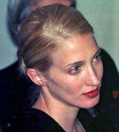 Nadire Atas on JFK JR and Camelot Dedicated to the late Carolyn Bessette-Kennedy, John Kennedy Jr, Carolyn Bessette Kennedy, Jfk Jr, John John, John Junior, Princess Style, Celebs, Celebrities, Blonde Hair