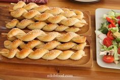A bun on a skewer / Photo: Zohar Bazak Flour Recipes, Bread Recipes, Homemade Dinner Rolls, How To Double A Recipe, Dry Yeast, Healthy Living, Dessert Recipes, Baking, Breakfast