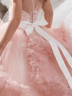 I adore all things frilly, delicate, and feminine. Vintage Princess, Pink Princess, Princess Party, Cinderella Princess, Princess Dresses, Pretty Dresses, Beautiful Dresses, Mode Chanel, Little Presents