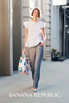 The new Banana Republic Logan trouser blends classic Savile Row-inspired details and an elegantly body-conscious silhouette that telegraphs modern femininity. Cut from lightweight wool, these on trend pants are the perfect foundation for a spring look that's polished enough for the workday, yet figure-flattering for date night. Just add a ladylike blouse, statement bag, and heels.