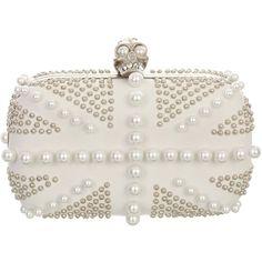Alexander McQueen Pearl Britannia Skull Box Clutch (27,970 MXN) ❤ liked on Polyvore featuring bags, handbags, clutches, bolsas, purses, accessories, clasp purse, skull handbag, alexander mcqueen purse and alexander mcqueen
