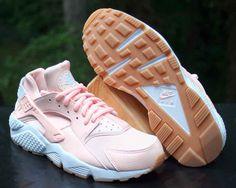 30b75d87bd63 Nike Air Huarache Run Women s Sunset Tint White Gum 634835-607 Size 8.5