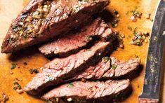 Hal Gill's Flank Steak with Chimichurri Sauce Recipes Chimichurri Sauce Recipe, Steak With Chimichurri Sauce, Sauce Recipes, Beef Recipes, My Favorite Food, Favorite Recipes, Dude Food, Ricardo Recipe, Skirt Steak