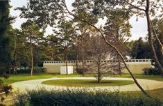 Travertine House, East Hampton, NY, USA (1963-2005)  Architect: Gordon Bunshaft