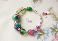Beautiful Beaded Bracelet Green Pink Jewelry by HeeluHandcrafts, €27.00