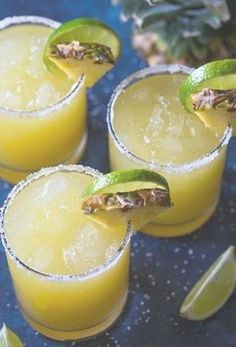 Delicious and healthy family choice special food and drink pineapple margarita DESCRIPTION Pineapple Margarita – A sweet, tart and del. Brunch Drinks, Fun Drinks, Pineapple Margarita, Pineapple Juice, Lime Juice, Tequila Drinks, Lime Wedge, Cocktail Recipes, Cocktails
