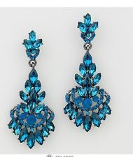 """Love these for a """"something blue"""" Stunning in Gorgeous Layers, Crystal Marquise Chandelier Earrings in Blue Teal, Light Sapphire and Blue Opalescent Crystal. Prom Earrings, Blue Earrings, Crystal Earrings, Crystal Jewelry, Jewelry Accessories, Fashion Accessories, Jewelry Design, Fashion Earrings, Fashion Jewelry"""