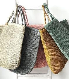 Knitting Patterns, Burlap, Reusable Tote Bags, Crochet Bags, Bag Patterns, Strands, Knitting And Crocheting, Tricot, Ideas