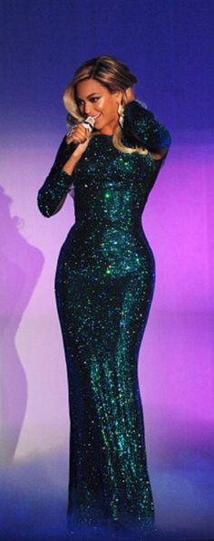 Beyoncé's 2014 BRIT Awards Performance Vrettos Vrettakos Couture Green Zirgon Crystal Dress