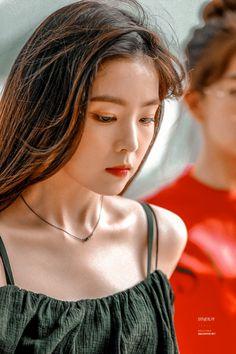 Bae, Velvet Wallpaper, Red Velvet Irene, Girls World, Jennie Blackpink, Gorgeous Makeup, Seulgi, Pretty People, Kpop Girls