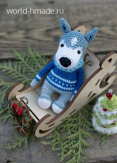 Husky Akim in a jacquard sweater. Crochet Toys Patterns, Amigurumi Patterns, Stuffed Toys Patterns, Knitted Animals, Amigurumi Toys, Handmade Toys, Master Class, Knit Crochet, Diy Crafts