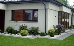 Back Gardens, Outdoor Gardens, Backyard Creations, Front Garden Landscape, Back Garden Design, Modern Bungalow House, English Country Gardens, Small Backyard Landscaping, Beautiful Gardens