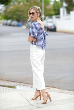 A sweet and seductive way to wear my favorite picnic pattern.