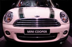 Mini Cooper by Mark Valentine Cafe Racer Girl, Cafe Racer Build, My Dream Car, Dream Cars, Pink Mini Coopers, Mini Morris, Triumph Cafe Racer, Mini Cooper Clubman, Mini One