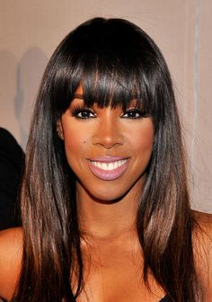 Kelly Rowland: Kelly Rowlands blunt cut is great for balancing out a longer face.