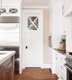White & Bright Kitchen- Cool cabinet top  http://www.bhg.com/kitchen/color-schemes/neutrals/white-kitchens-we-love/#page=2