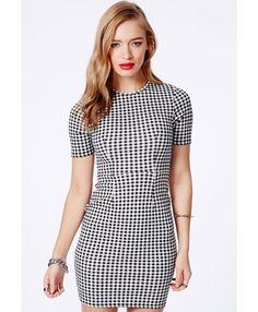 Capitolina Gingham Mini Dress - Dresses - Mini Dresses - Missguided Gingham Trend