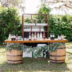 Great No Costs 18 Perfect Wedding Drink Bar And Station Ideas For Weddings . - Great No Costs 18 Perfect Wedding Drink Bar And Station Ideas For Fall Weddings Tips An easy way to - Fall Wedding Drinks, Summer Wedding Decorations, Wedding Tips, Wedding Planning, Wedding Hacks, Wedding Ceremony, Wedding Centerpieces, Bar Wedding Ideas, Drink Station Wedding