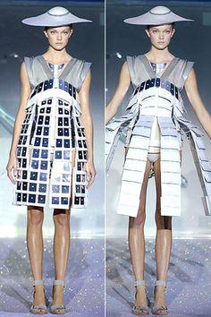 Hussein Chalayan animatronic dress. http://www.dazeddigital.com/artsandculture/article/13415/1/dazed-confused-intergalactic