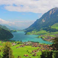 Lake Lungern, Switzerland via @anaferaofelix