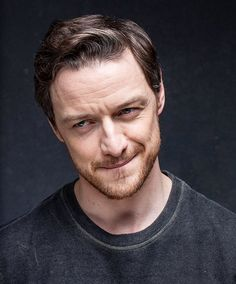 James McAvoy photographed by David Levene for The Guardian  http://mcavoyclub.tumblr.com/post/169436848772/james-mcavoy-photographed-by-david-levene-for-the