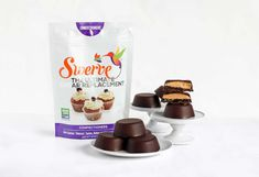 Get the recipe for Chocolate, Peanut Butter & Jelly Cups using Swerve! Homemade Milk Chocolate, Chocolate Cups, Melting Chocolate, Chocolate Recipes, Peanut Butter Recipes, Peanut Butter Cups, Chocolate Peanut Butter, Strawberry Fruit, Unsweetened Chocolate