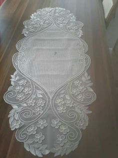 This Pin was discovered by Ber Point Lace, Cut Work, Needle Lace, Curtain Designs, White Embroidery, Lace Making, Lace Patterns, Laser Engraving, White Lace