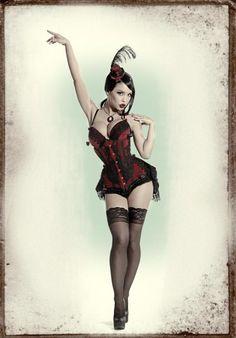 Masuimi Max in red and black burlesque corset
