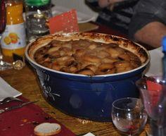 pomme de terre, épice, raisins secs, pistache, pruneaux, abricot, carotte, poireau, oignon, ail, cuisse de canard, gros sel, poivre...