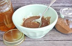 Fight Blackheads With Honey and Cinnamon