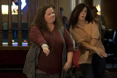 Sandra Bullock & Melissa McCarthy in The Heat - Caught this movie last weekend. Melissa McCarthy OMG so freaking funny! And Sandra Bullock hilarious as well. - LOVED it! Film Heat, Heat Movie, Funny Movies, Good Movies, Funniest Movies, Awesome Movies, Love Movie, Movie Tv, Movies Showing