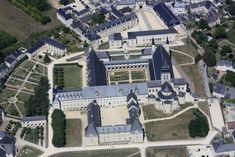 ✈️ Photo aérienne de : Fontevraud-l'Abbaye - Maine-et-Loire (49)