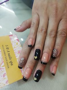 Nail Spa, Beauty, Finger Nails, Templates, Feet Nails, Fashion Clothes, Beauty Illustration