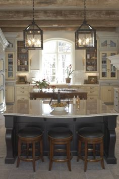 50 Awesome Kitchen Lighting Ideas To Update The Bathroom In Your Loft Country Kitchen Lighting, Rustic Bathroom Lighting, Kitchen Lighting Over Table, Modern Kitchen Lighting, Rustic Kitchen Island, Rustic Light Fixtures, Rustic Kitchen Design, Kitchen Lighting Fixtures, Dining Room Lighting
