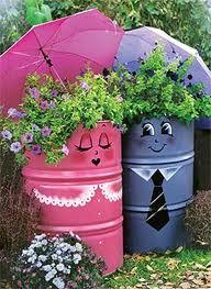 Ideas For Yard Art Diy Garden Projects Kids Garden Crafts, Garden Projects, Art Projects, Project Ideas, Yard Art Crafts, Diy Crafts, Metal Barrel, Oil Barrel, Container Gardening