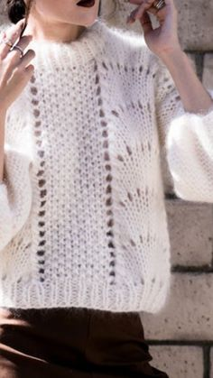 - Just fabulous knitting Hand Knitted Sweaters, Mohair Sweater, Knitting Stitches, Baby Knitting, Winter Outfits 2019, Big Knits, Hooded Scarf, Knit Fashion, Pulls