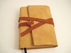 Safrangelbes Tagebuch / Leather