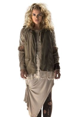 Billie Piper Not Playing Rose Tyler In Doctor Who 50th Episode? via Kasterborous