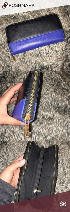 URBAN OUTFITTERS | Blue & Black Wallet Urban Outfitters blue & black wallet with gold zipper, some usage see in pics, still in good condition for everyday use! Urban Outfitters Bags Wallets