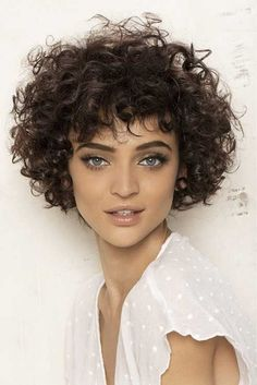There is a common belief that it is hard to manage hairstyles for short curly ha.There is a common belief that it is hard to manage hairstyles for short curly hair. Women with curly hair are facing difficulties in controlling their frizzy hair Short Curly Hairstyles For Women, Haircuts For Curly Hair, 2015 Hairstyles, Curly Hair Cuts, Wavy Hair, Curly Hair Styles, Natural Hair Styles, Frizzy Hair, Short Haircuts