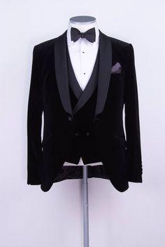 black velvet slim fit dinner suit / tuxedo www.anthonyformalwear.co.uk