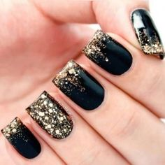 Love these Nails! Love the Black + Gold Glitter! 22 Pretty Party Nail Ideas for Christmas + New _Year Holiday Season #Black_and_Gold #Glitter #Nail #Art #Christmas #New_Year #Holiday #Party  #Ideas