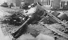 A trapped King Tiger tank!